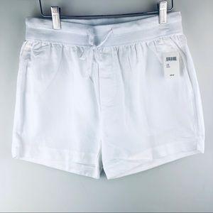 Elan_ white shorts